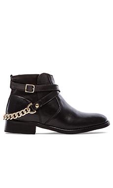 Steve Madden Ringoo Boot in Black & Gold