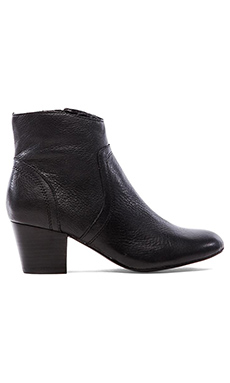 Steve Madden Porcha Bootie in Black Leather
