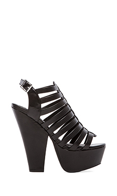 Steve Madden Glendale Wedge in Black