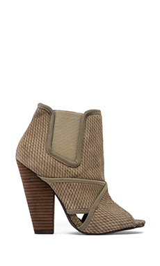 Steve Madden Dubai Bootie in Taupe