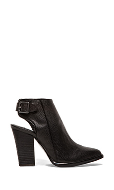Steve Madden Mallia Bootie in Black Leather