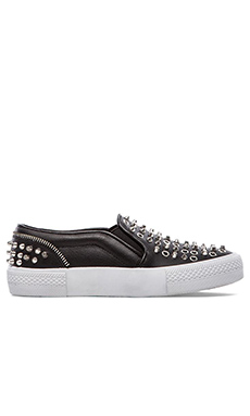 Peace Love Shea x Steve Madden Fairfax Slip On en Noir