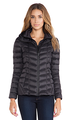 Soia & Kyo Elfy Lightweight Down Jacket in Black