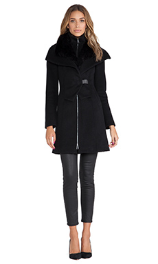 Soia & Kyo Fei Classic Wool Coat with Faux Fur collar in Black
