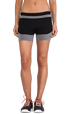 SOLOW Colorblock Running Short in Black & Medium Heather Grey