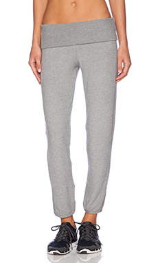 SOLOW Old School Crop Sweatpant in Heather Grey