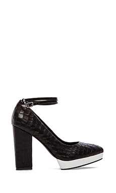 Sol Sana Zander Heel in Black