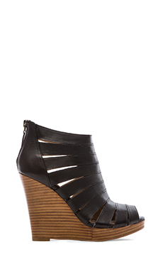 Splendid Bailey Wedged Sandals in Black
