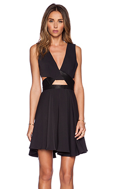 Style Stalker Islands Dress in Black