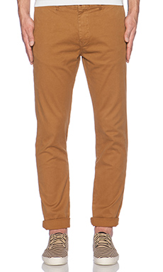 Scotch & Soda Basic Garment Dyed Chino in Tobacoo