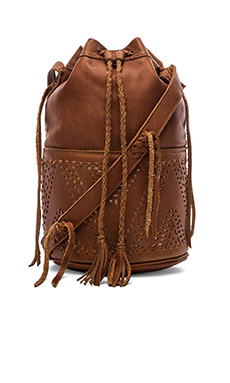STELA 9 Quixote Large Bucket Bag in Camel Camello