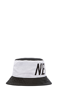 Stampd Big NY Colorblock Bucket Hat in Black/White