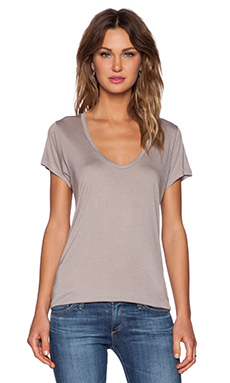 Stillwater The Scoop Neck Tee in Taupe