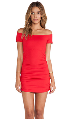 Susana Monaco Jona Off the Shoulder Rouched Tunic in Perfect Red