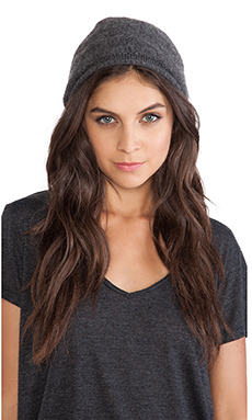 SUSS Cleo Beanie in Charcoal