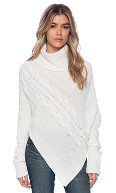 SUSS Tori Cabled Poncho in Winter White