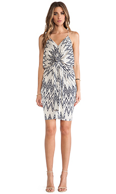T-Bags LosAngeles Knot Front Knee Length Dress in Nautical Zig Zag
