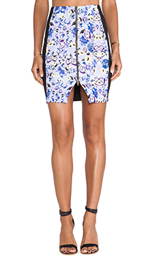 T-Bags LosAngeles Zipper Front Mini Skirt in Lilac Floral