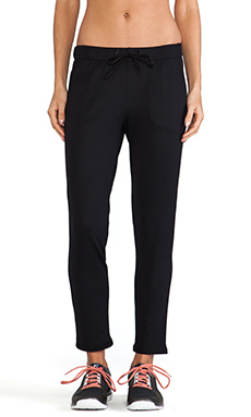 Theory 38 Aliya Pant in Black