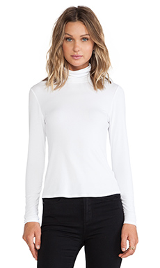 Theory Nuri Turtleneck in White