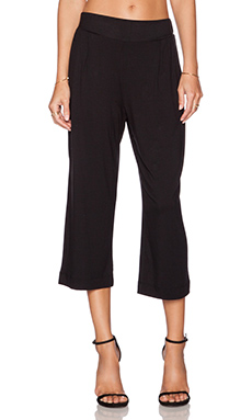 three dots Crop Pant in Black