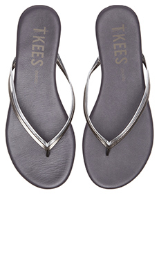 TKEES Sandal in Silver Shadowns