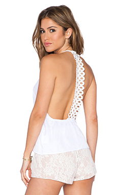 Toby Heart Ginger Infintiy Swing Top in White