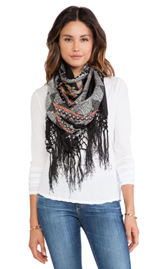 Tolani Daphne Scarf in Black