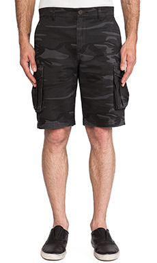 TOVAR Wilson Shorts in Charcoal Camo