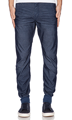 True Religion Corduroy Runner en Bleu Roy