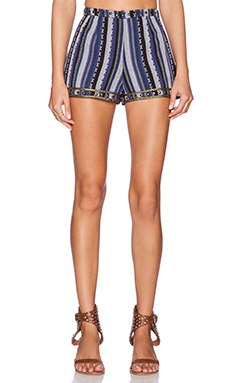 Tularosa Nikki Short in Navy