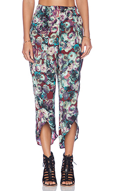 Tularosa Petal Pant in Midnight Floral