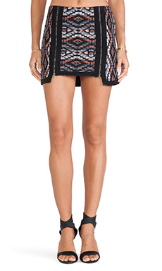 Twelfth Street By Cynthia Vincent Zipper Front Mini in Black