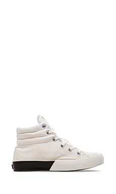 UNIF Contrast Highs in White