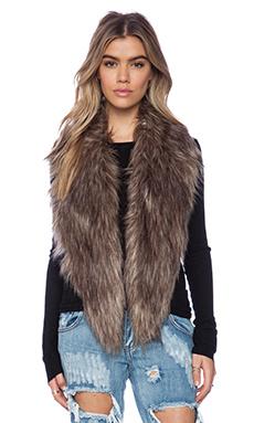 Unreal Fur Fur-Niche Stole in Natural