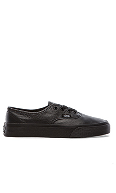 Vans U Authentic Sneaker in Black
