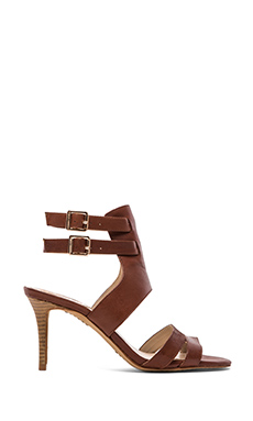 Vince Camuto Nellia Heel in Saddle