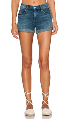 Velvet by Graham & Spencer Allexa Boyfriend Short in Vintage