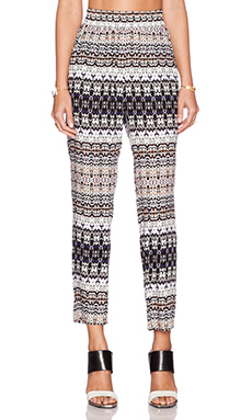Velvet by Graham & Spencer Bengal Challis Amani Pant in Multi