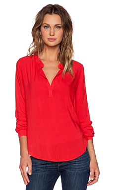 Velvet by Graham & Spencer Rayon Challis Rosie Top in Sportred