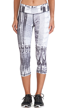 Vimmia Crop Legging in Abstract Brush