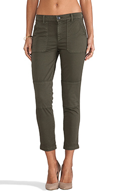 Vince Military Rolled Trouser in Forest