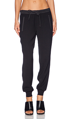 Vince Performance Jogger Pant in Black