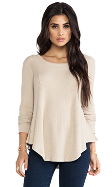Vintageous On the Wind Sweater in Sand
