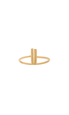 Wanderlust + Co T Bar Ring in Gold