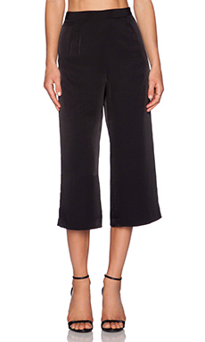 WAYF Culottes in Black