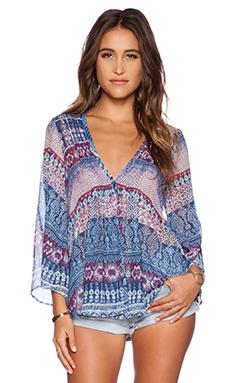 WAYF Pintucked Kimono Top in Border Print