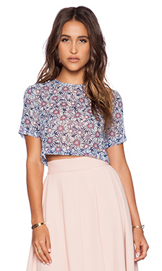 WAYF Cropped Tee in Blue Daisy Print