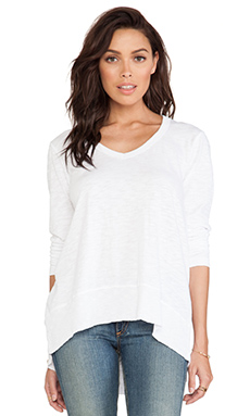 Wilt Slub V-Neck Baby Hi-Lo Top in White