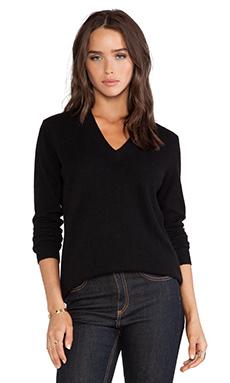 White + Warren Essential V Neck Sweater in Black